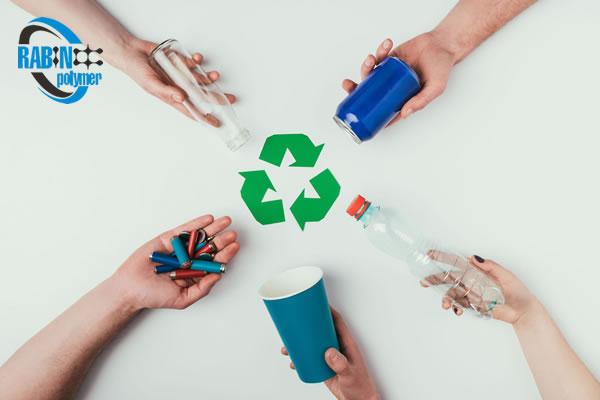 مواد پلاستیکی بازیافتی به چند دسته تقسیم می شوند؟